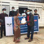 Ratusan Warga Terdampak Covid-19 di Gunung Jati Terima Paket Sembako