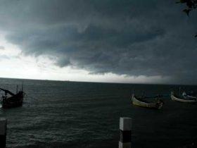 Sultra Berpotensi Dilanda Hujan Lebat dan Angin Kencang Hingga 2022