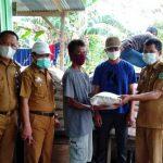 40 KK Warga Korban Banjir di Desa Anggoro Dapat Bantuan Sembako