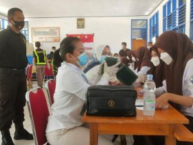 Gelar Vaksinasi Merdeka di SMAN 1 Unaaha, Polres Konawe Target 406 Penerima Vaksin